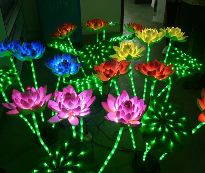 Color Changing Flower Garden Lights with Solar Power Battery