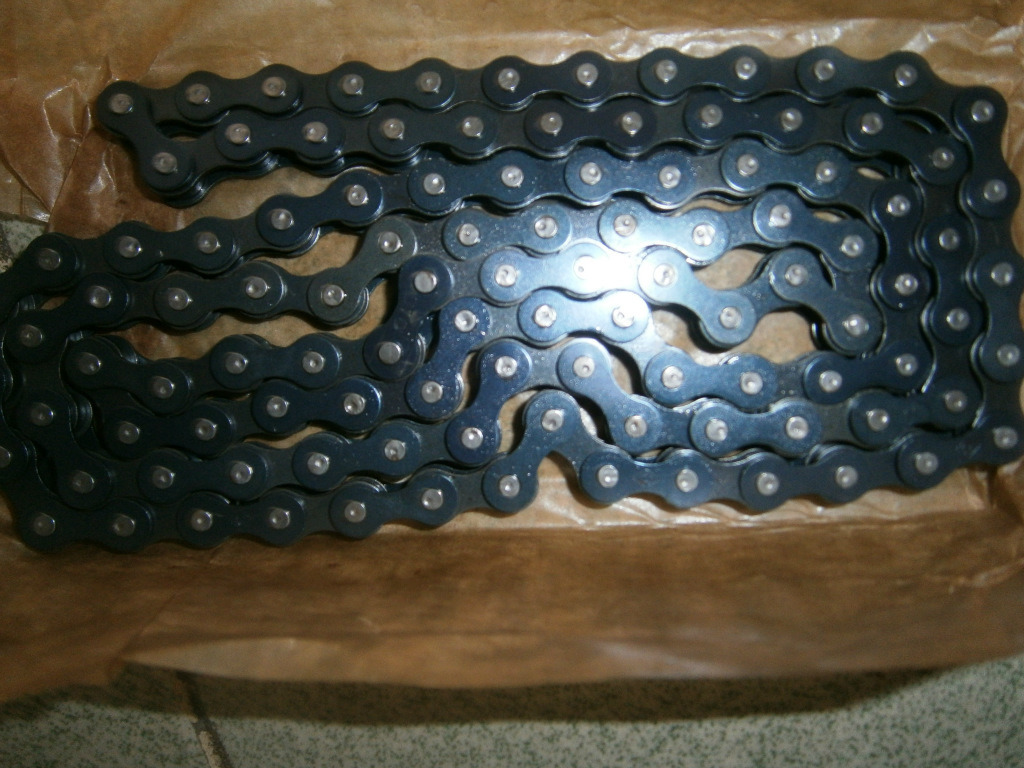 2016 New Produt Red Star Cycle Roller Chain