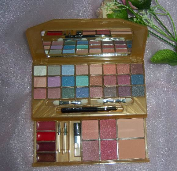 Make Up Cosmetic-35