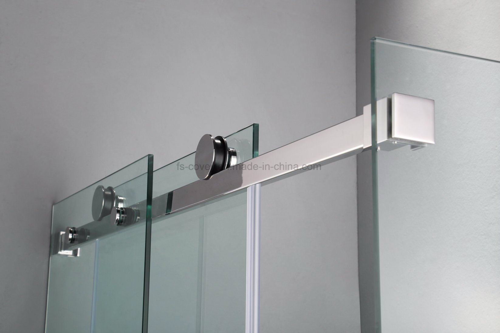 Sliding Bathroom Shower Enclosure with Stainless Steel Wall Frame (UPC-05)