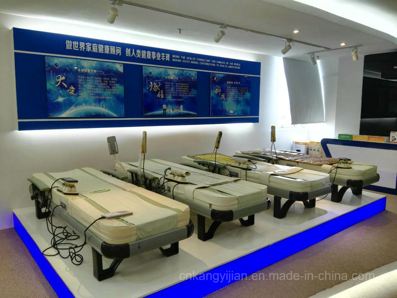 Far Infrared Warm Jade Spine Massage Bed with Ce