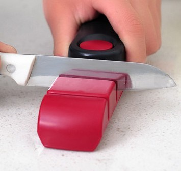 Kitchen Knife Sharpener for Straight and Serrated Knives