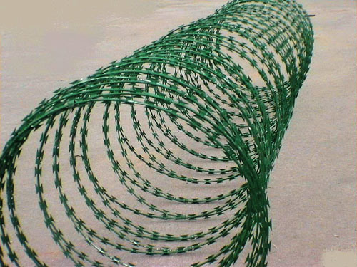 Installing a Woven or a Barbed-Wire Fence