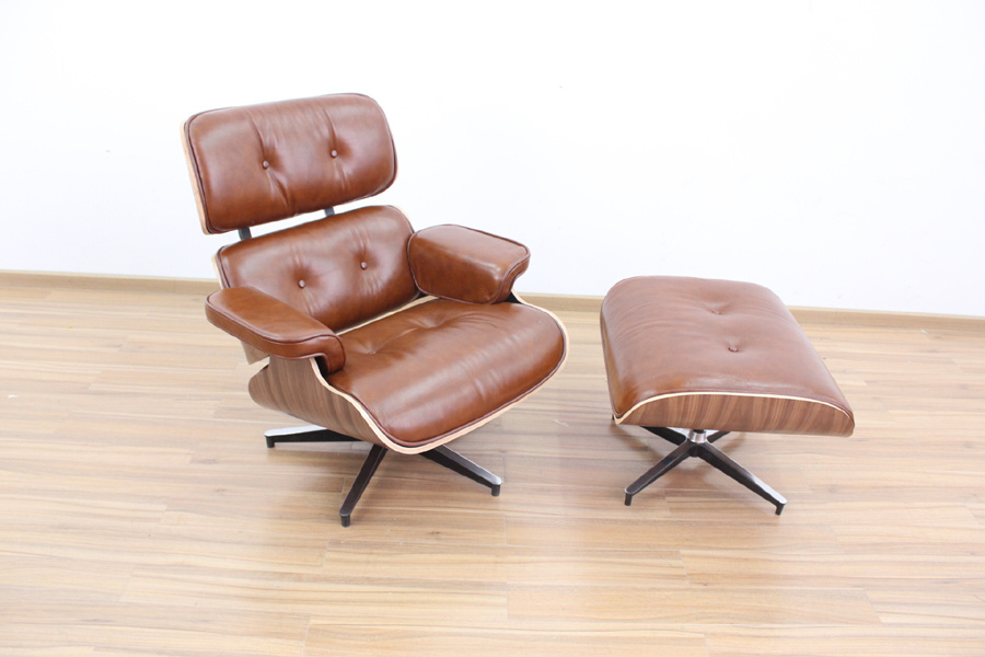 Charles Eames Lounge Chair and Ottoman (9021)