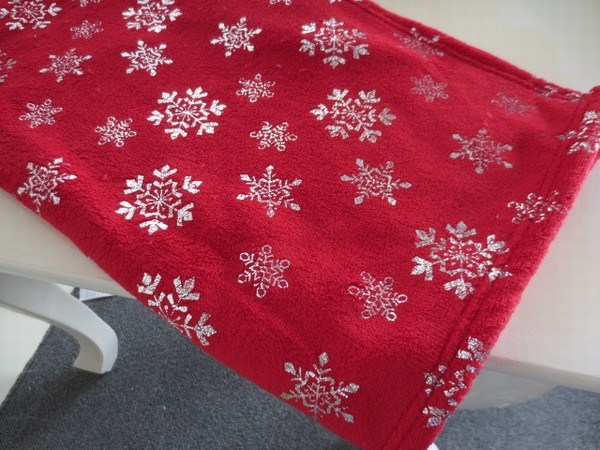 Foil Printed Coral Fleece Throw/Blanket