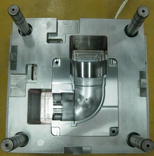 High Quality Plastic Injection Mold for Auto Parts