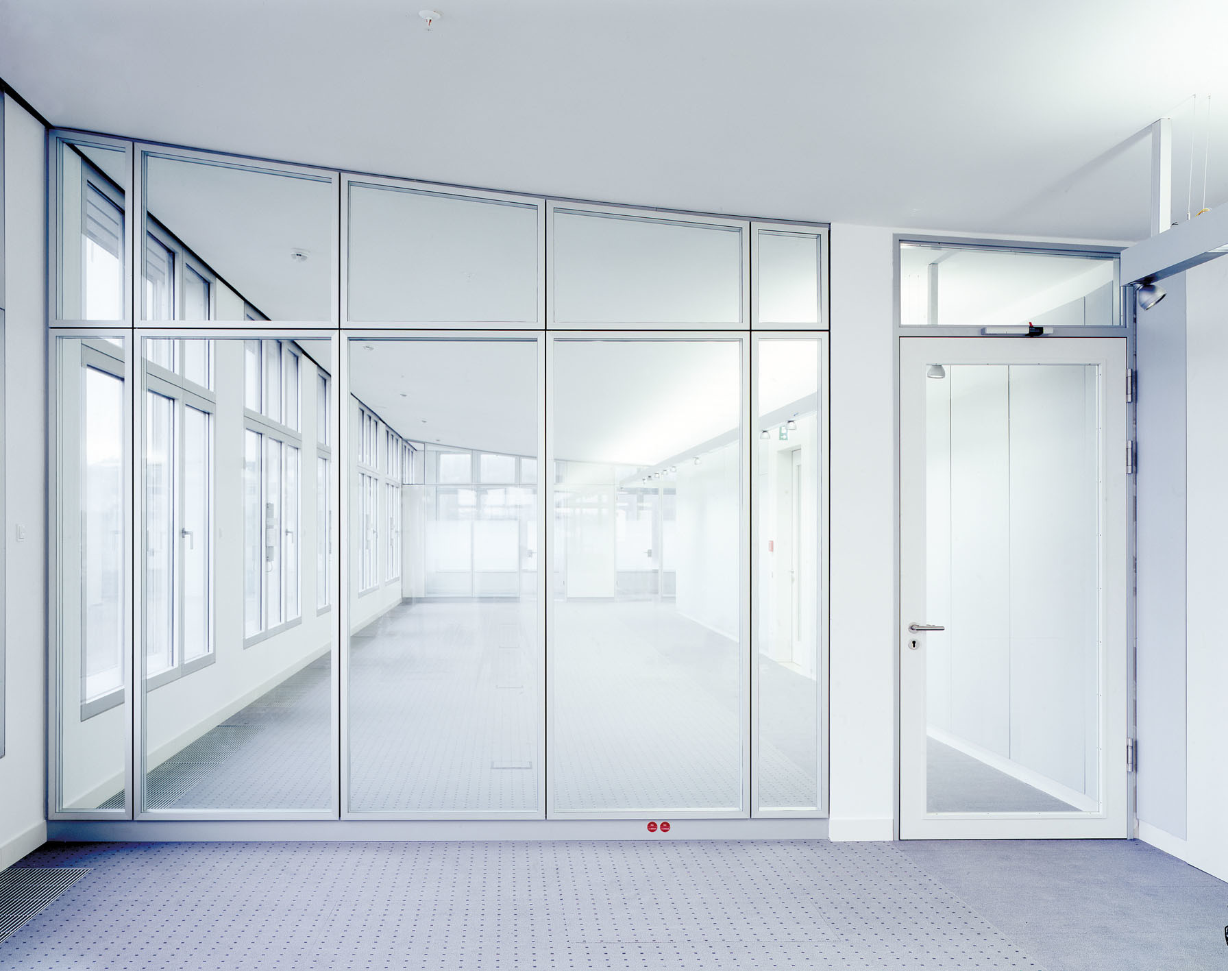 China Fixed Glass Partition Wall Photos Pictures Made