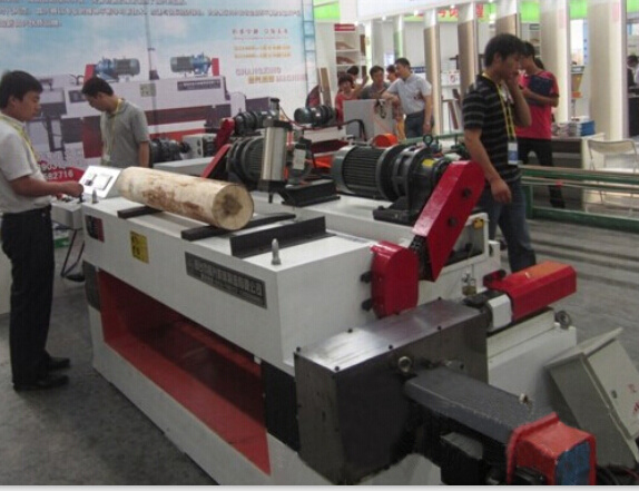 Spindle Less Log Peeling Lathe Machine