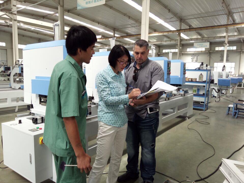 PVC Window Making Machine Colored UPVC Plastic Profile Seamless Welding Machine