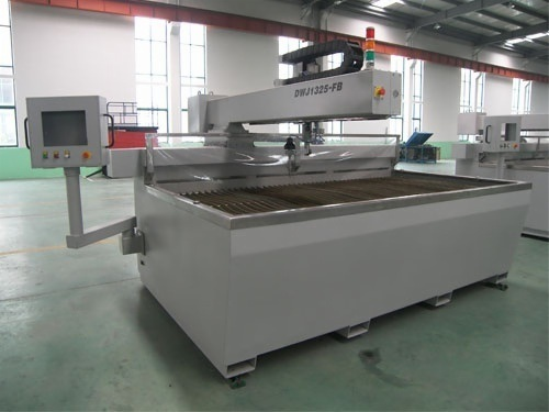 1.3* 1.3m 400MPa CNC Water Jet Machine for Stone, Metal, Glass Cutting
