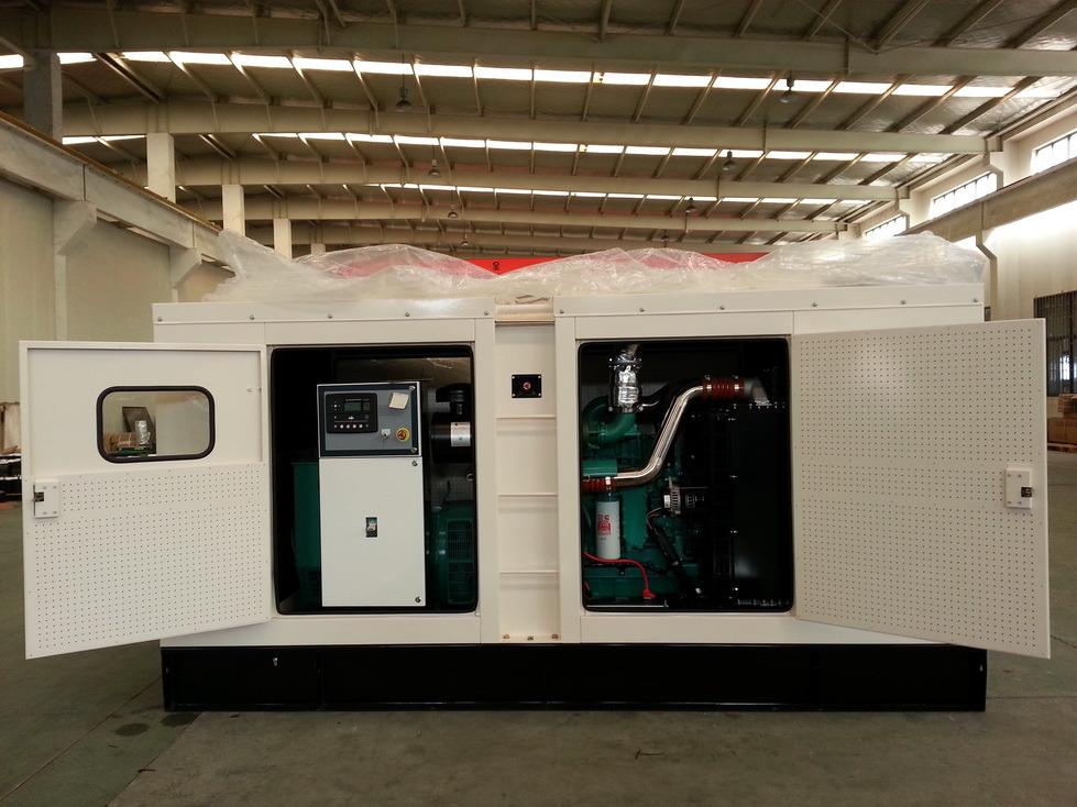 200kVA Super Silent Diesel Generator Set with Cummins Engine