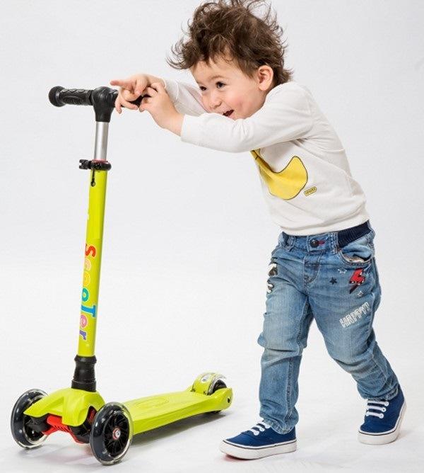 Children Scooter Three-Wheel Kick Mini Scooter Kid Scooter