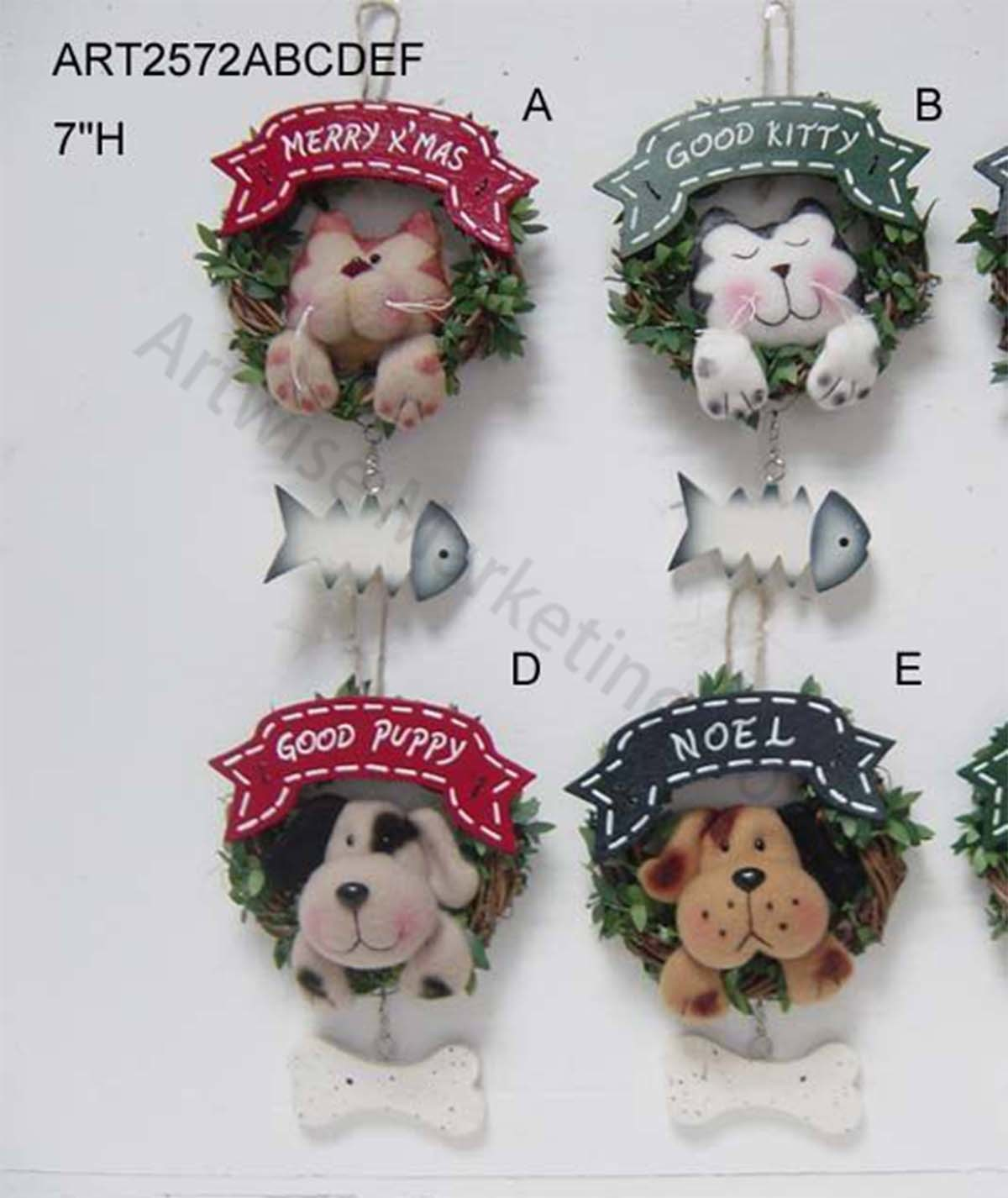 Cat and Dog Christmas Decoration Wreath, 4 Asst
