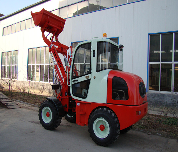 CE Machinery with Grapple Fork (CHHGC610)