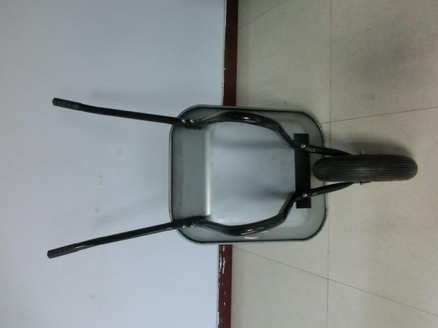 Cheaper Wheelbarrow of Good Quality From Qingdao China.