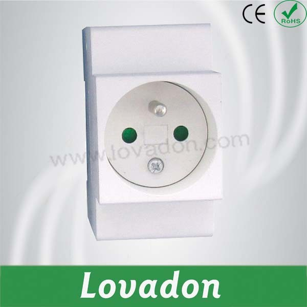 Cap7 French Style DIN Rail Socket Concrete Socket