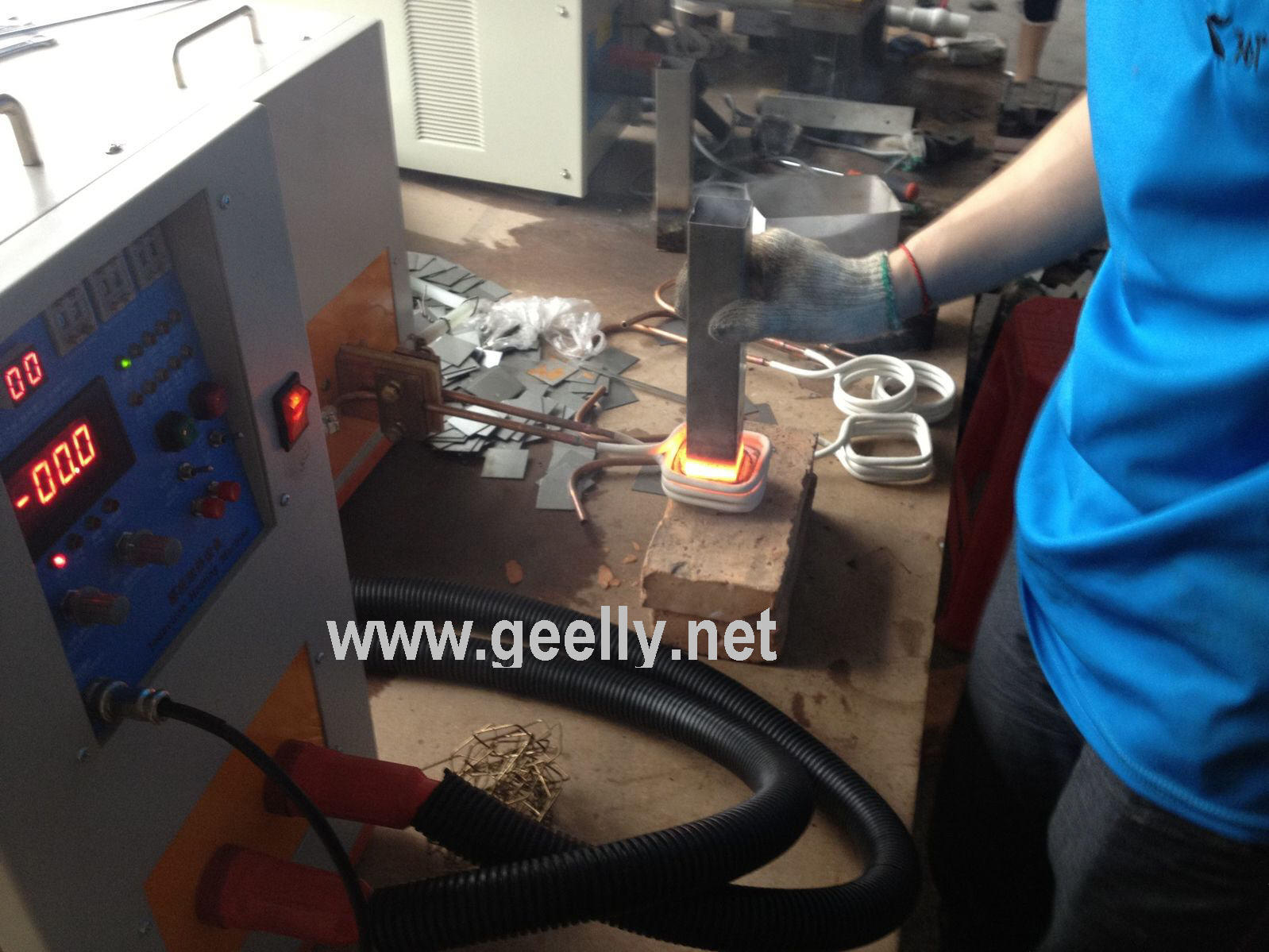 Induction Heating Welding Machine/IGBT Induction Heater/Brazing Machine/Melting Machine/Welding
