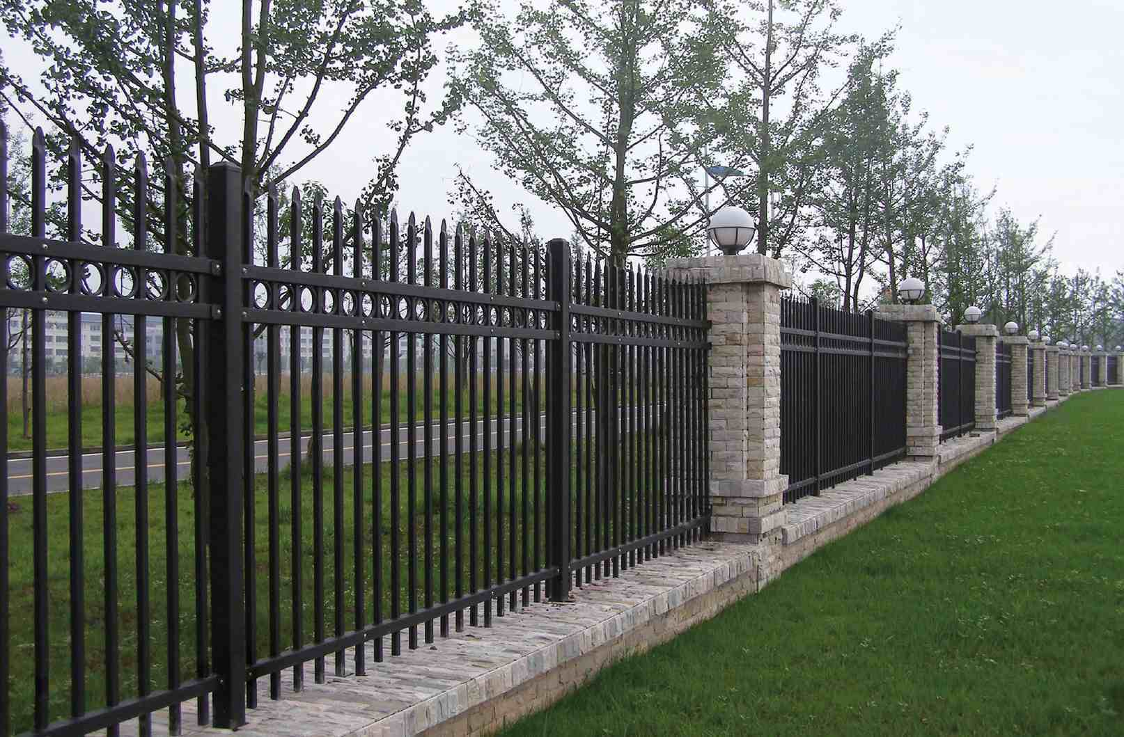 Fence | Ask the Builder - AsktheBuilder.com - Do it Right Not Over