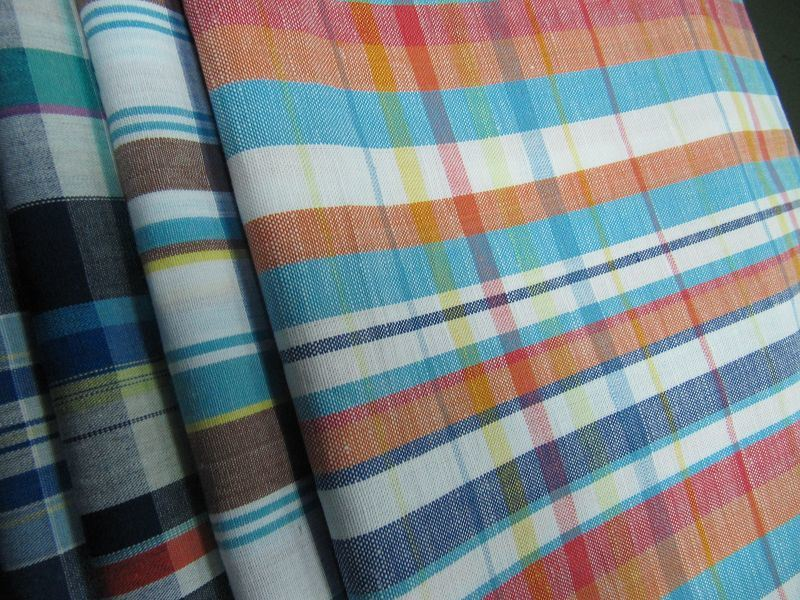 Cotton Linen Blended Yarn Dyed Fabric for Shirt