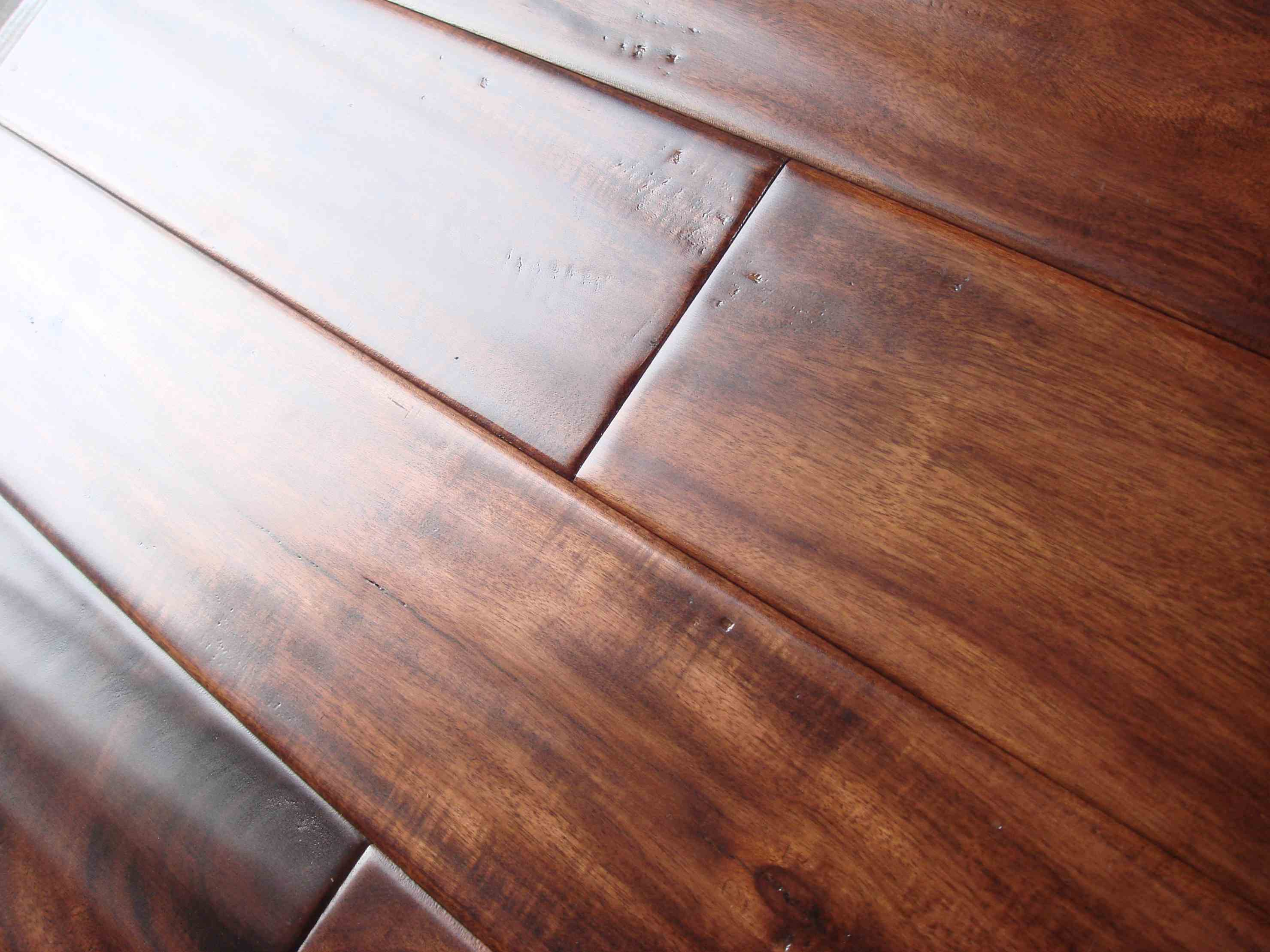 Hand scraped solid hardwood flooring k 2017 for Hand scraped wood floors