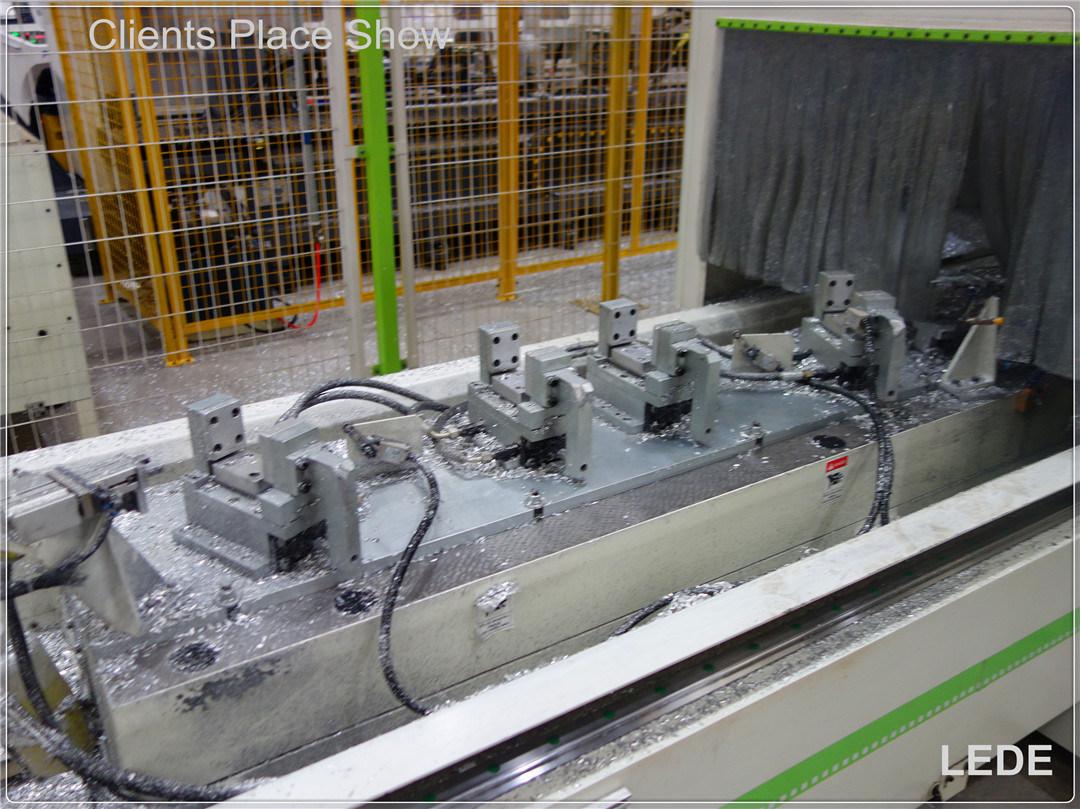 CNC Five-Axis Gantry Machine Center Series for Aluminum Profile Milling (Auto Bumper)
