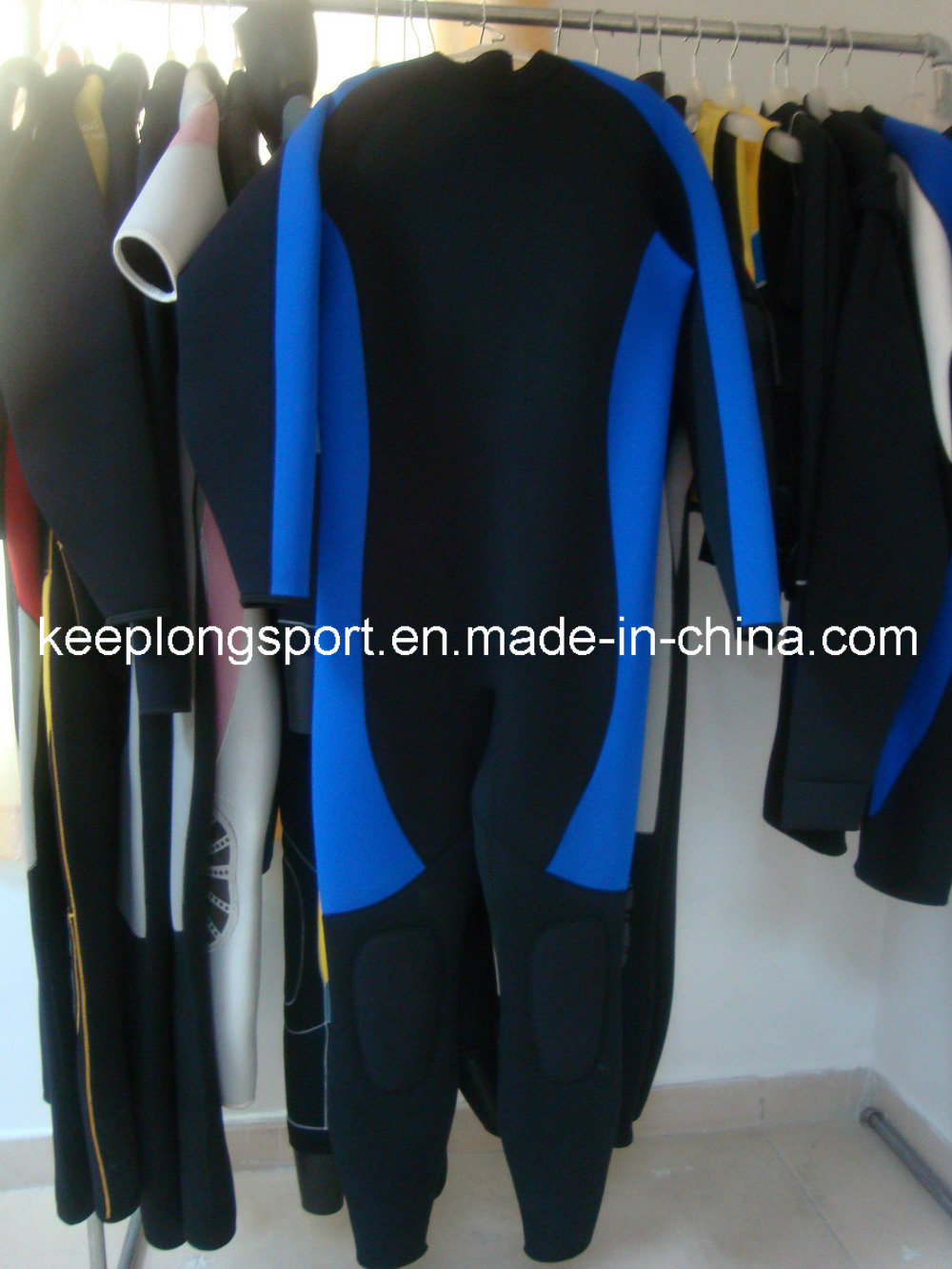 Neoprene Material Diving Suits/ Surfing Suits /Wetsuits (HYC047)
