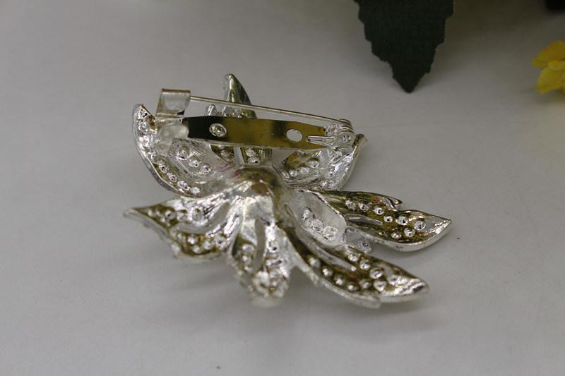 Professional Fashion Design Rhinestone Crystal Brooch for Wedding (TB004)