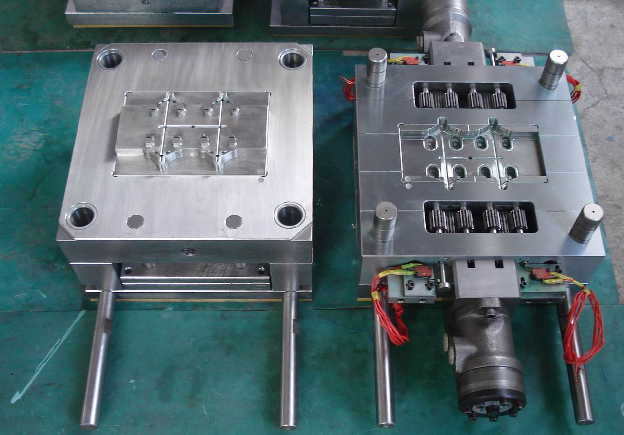 Plastic Mould Maker for Auto Parts/Medical Parts/Industrial Parts/Connector Accsessory