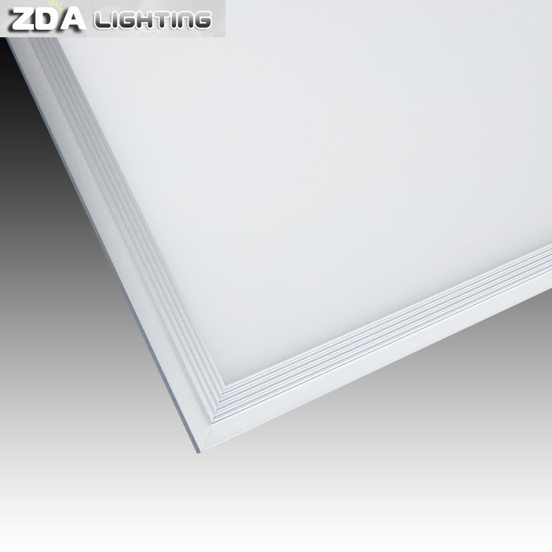 120lm/W High Efficiency 1-10V/Triac Dimmable LED Panel Light