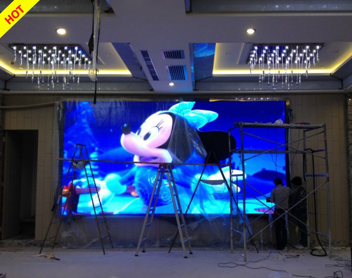 High Definition P4 Indoor Full Color LED Display (256*128mm)