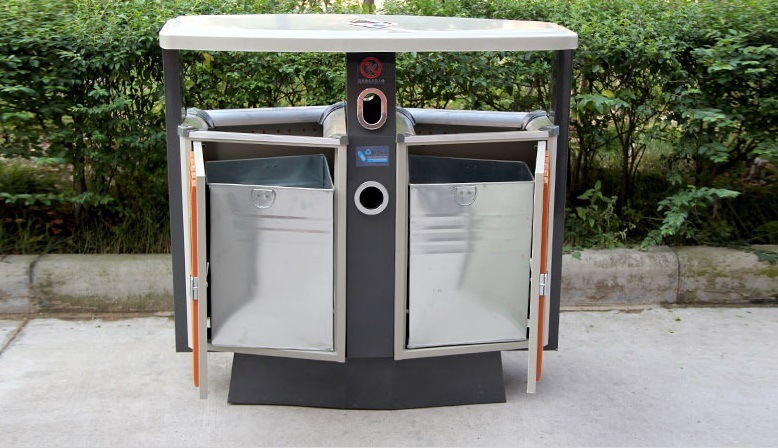 Hot Selling Outdoor Garbage Can with Plastic Wood (HW-D02A)