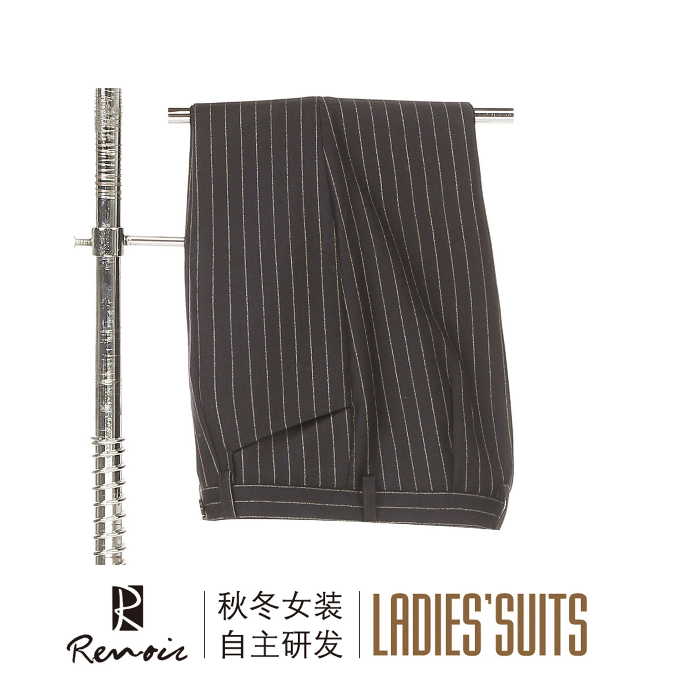 OEM 2 Piece Peak Lapel Women′s Business Suit