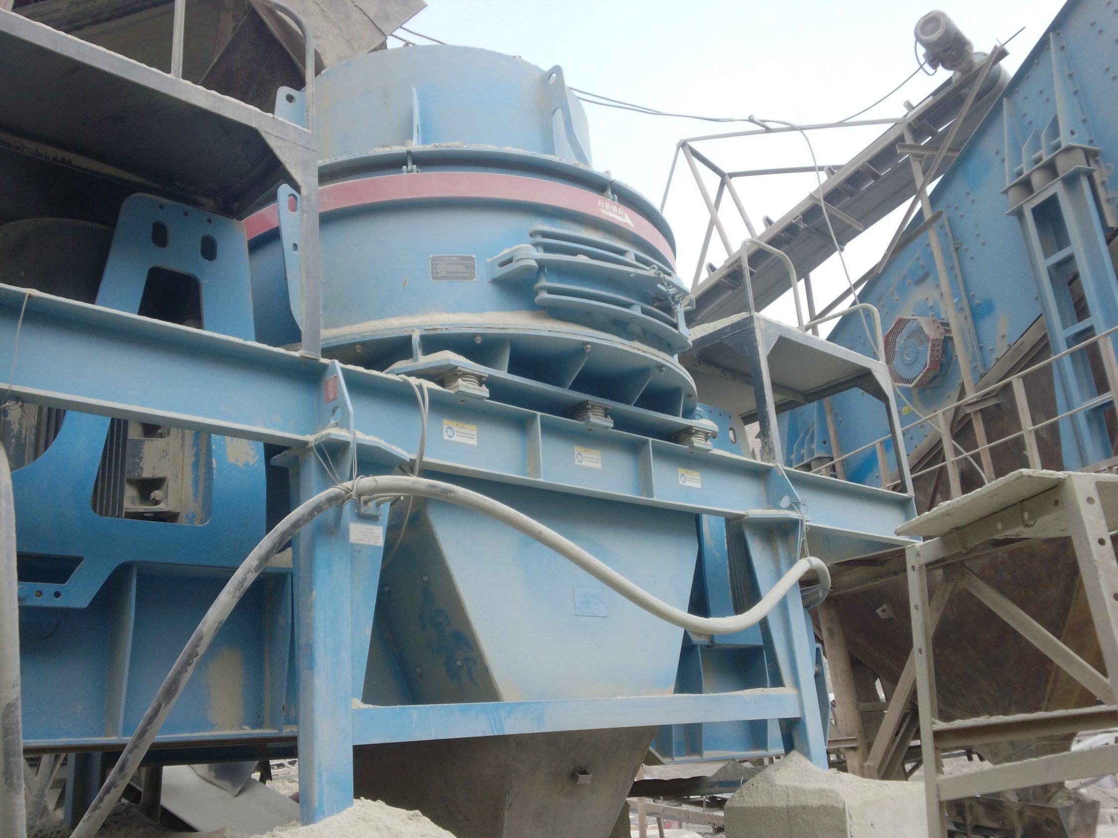 VSI Vertical Shaft Impact Crusher for Sand Making and Stone Crushing