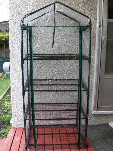 Garden House Plastic Greenhouse