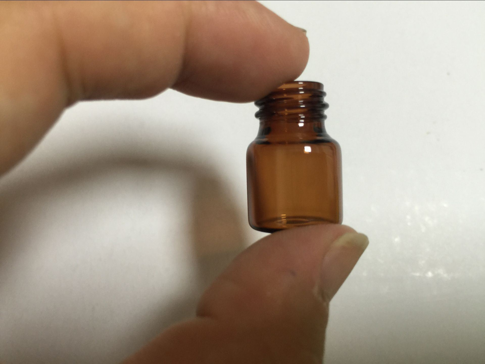 1ml Amber Mini Glass Vials for Cosmetc