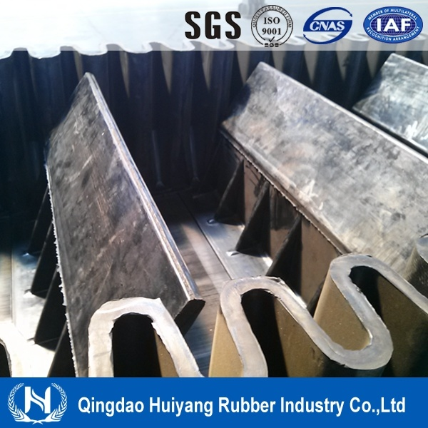 Large Capacity Sidewall Cleated Conveyor Belt
