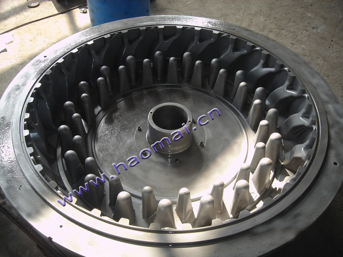 High Quality of Skid Steer Tyre Mould