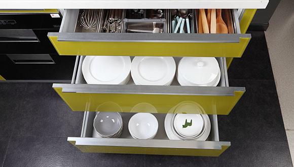 Modern High Gloss UV Kitchen Cabinet (UV-001)
