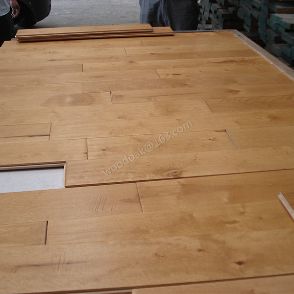 Solid Hardwood Flooring Birch Handscraped Wood Flooring