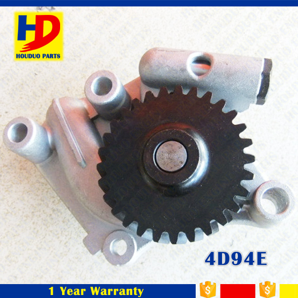 Diesel Engine 4D94e Oil Pump Excavator Spare Parts (123900-32001)