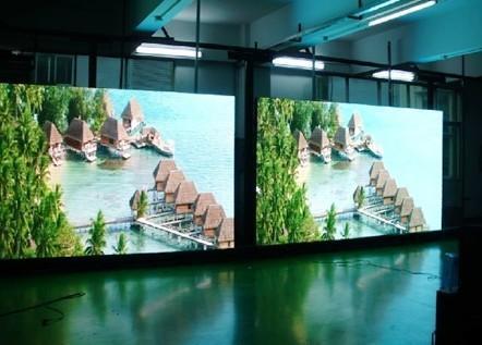 7.62mm Hot Sale High Brightness Full Color Indoor LED Display Screen
