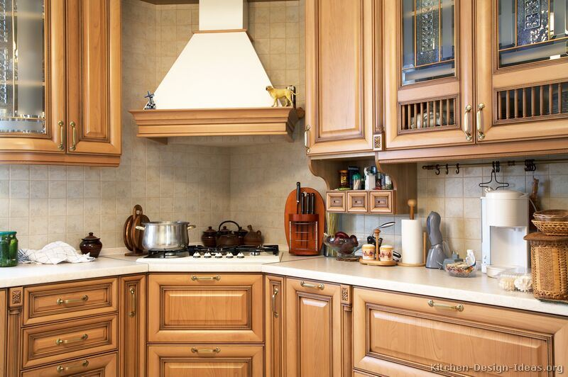 Light Wood Kitchen Cabinet (lw13)