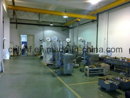 3000 Bags Per Hour/CE Approved Pyramid Tea Bag Packing Machine (DXDC50B)