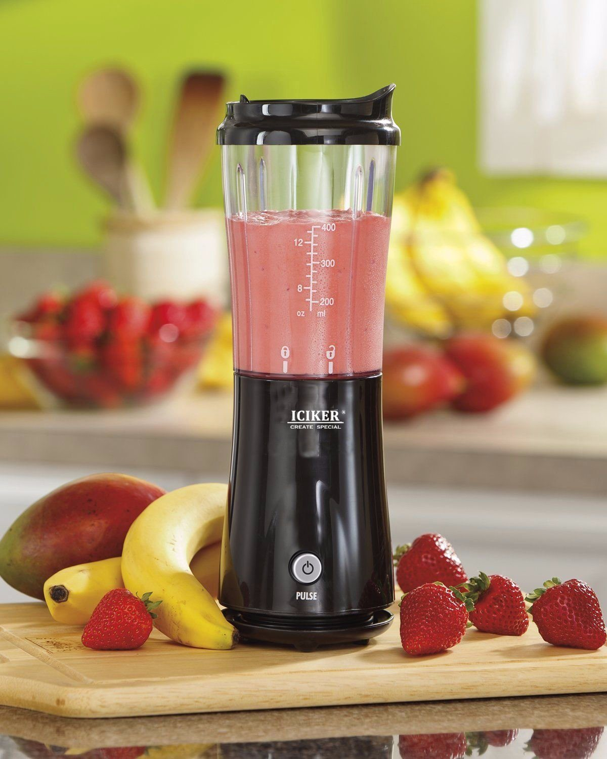 Single Blender with BPA-Free Go Cup