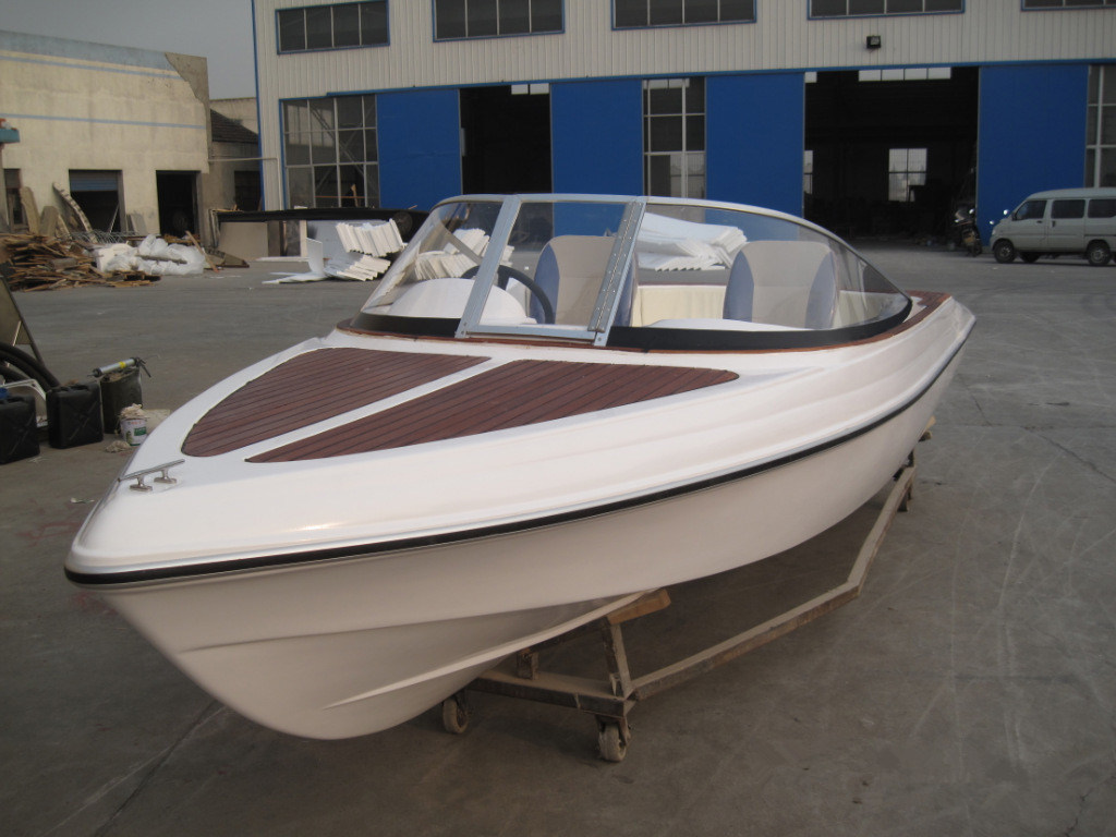 High Quality Fashionable Fiberglass Leisure Yacht