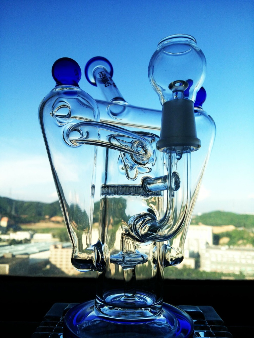 """The Atomic Nucleus"" 8 Arm Recycler Rocket Shape Glass Smoking Water Pipe"