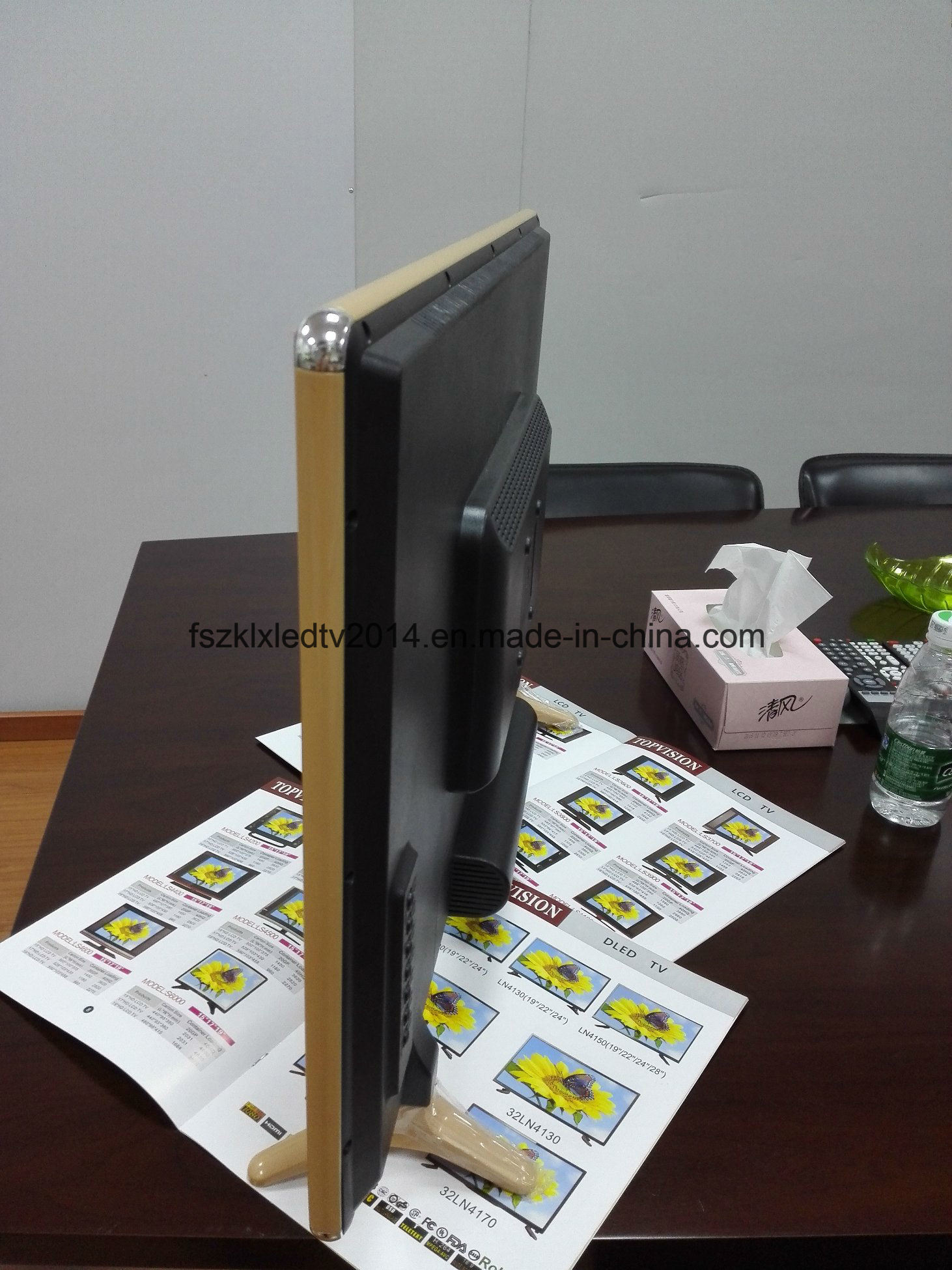 "24"" Hot Selling Apple Design Digital LED TV"