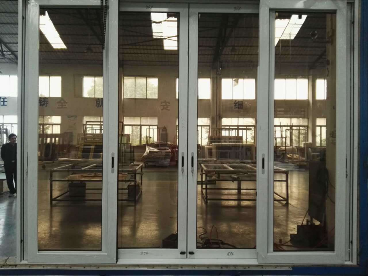 Factory Sale Aluminum Sliding Glass Door with Stainless Steel Net/Mesh