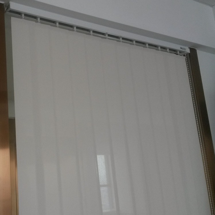 89mm / 127mm Fabric Vertical Blinds with Manual Control Sunscreen