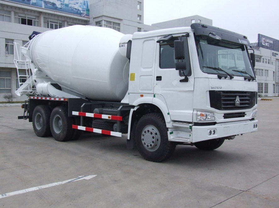 Mezclador concreto del carro de Liugong 10cbm con el chasis de ...